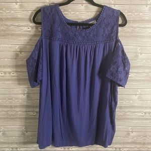 🐝 Catherines Blue Lace Cold Shoulder Top